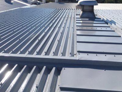 愛知県愛知郡A工場様屋根塗装 完了!