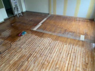 無垢床のクリアー塗装をしてきました!